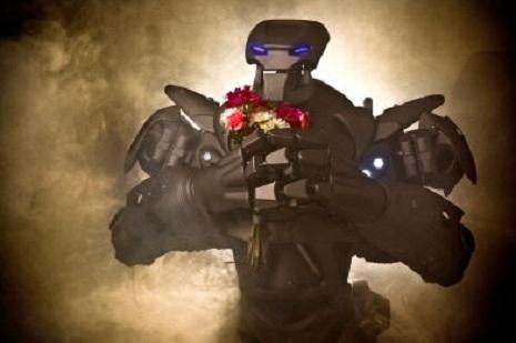 `BakuTel 2013`də `Titan` robotu - FOTO