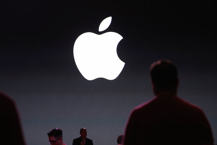 Apple ends contracts for hundreds of workers hired to listen to Siri
