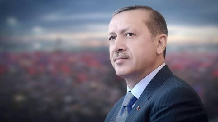 Eine Umfrage zeigt Erdogan, was die Jugend in seinem Land von ihm hält