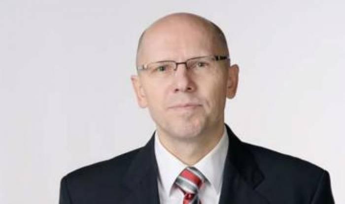 Un Russe recherché pour le meurtre d'un journaliste de Forbes arrêté en Ukraine