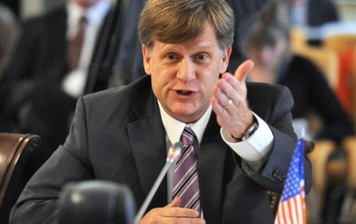 Ex-Russia ambassador rails against Trump over praise of Putin