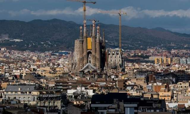 Barcelona's Sagrada Família evacuated in false-alarm bomb scare
