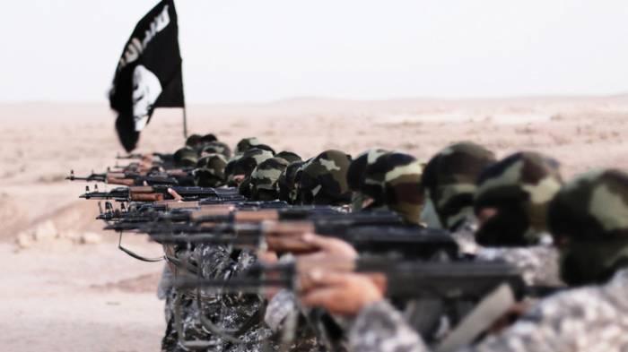 IS-Scharfschütze beschießt Zivilisten in Rakka
