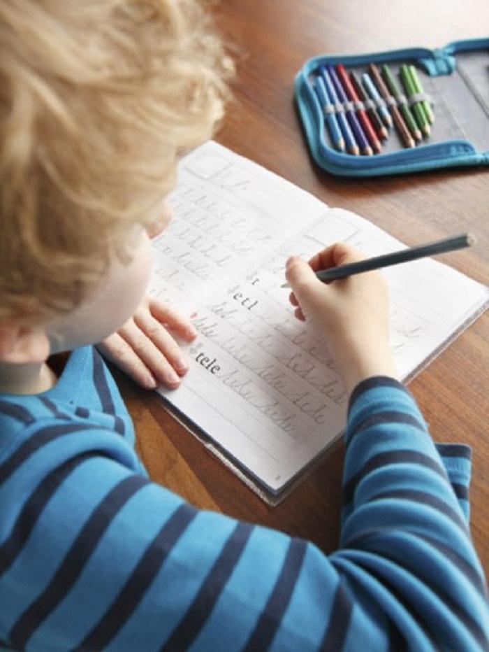 Schreiben nach Gehör: Mutter kritisiert Lehrmethoden an Grundschulen