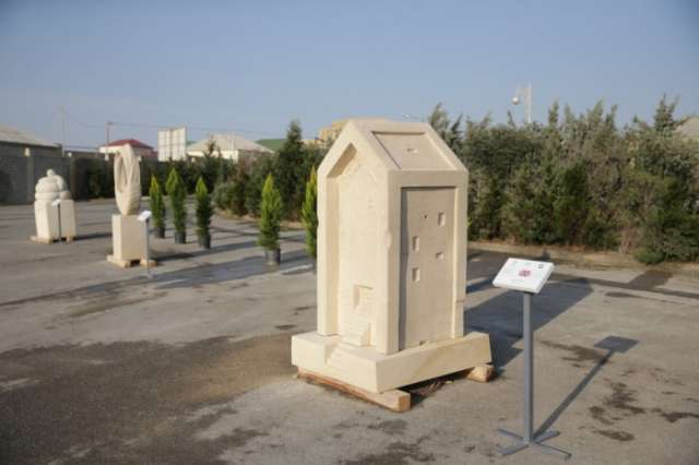 Baku hosts 2nd Sculpture International Symposium