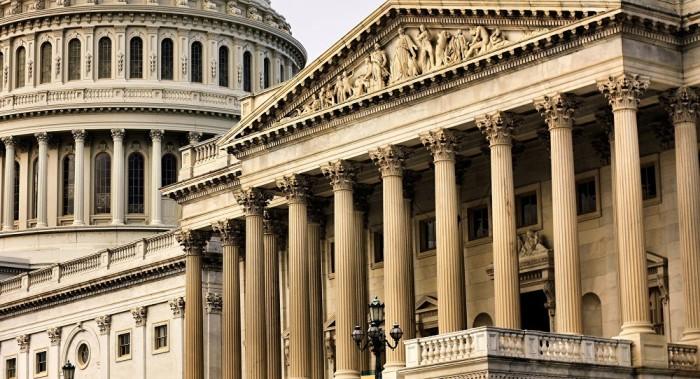 Un senador estadounidense no descarta el traslado de bases y efectivos de Turquía a Grecia