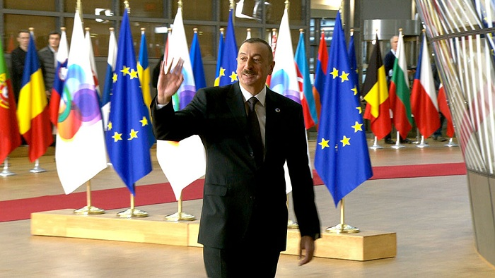 """""""Şərq Tərəfdaşlığı"""" Brüssel Zirvə bəyannaməsi ile ilgili görsel sonucu"""