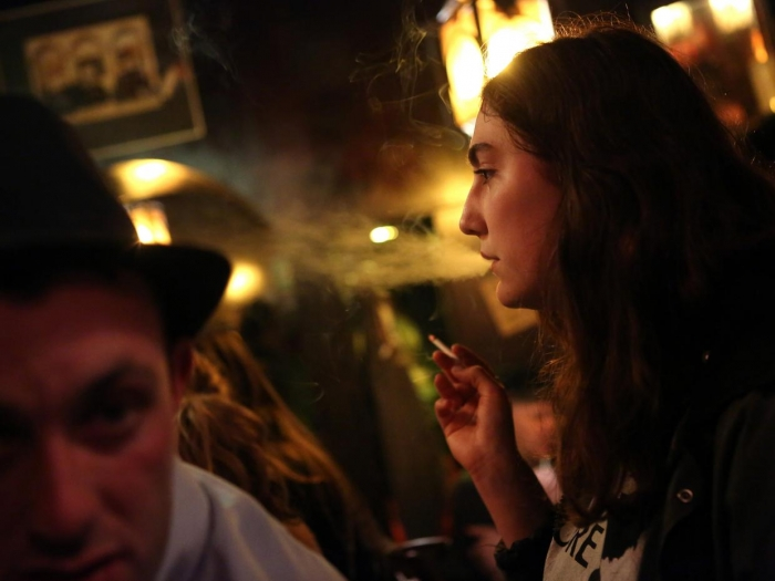 Trying just one cigarette turns most people into daily smokers