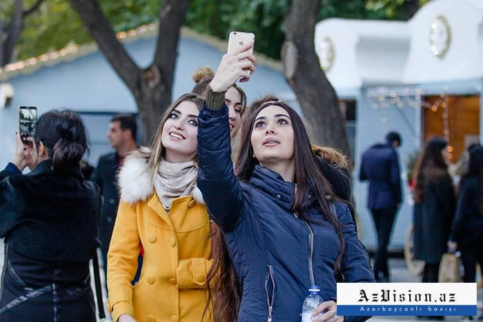"""Bakıda hamı """"Tarqovı""""ya axışır - FOTOLAR+VİDEO"""