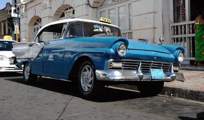 Taxista cubano sugiere a Trump leer a Hemingway para cambiar política hacia la isla