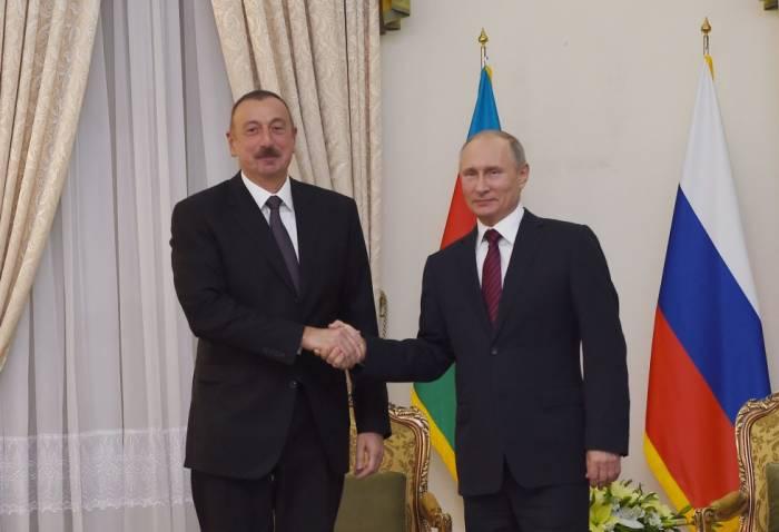 İlham Əliyev Tehranda Putinlə görüşdü - FOTOLAR
