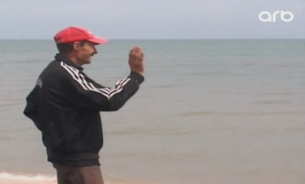 """Azərbaycanlı """"Robinzon Kruzo"""" - Tənha adanın sakini (VİDEO)"""