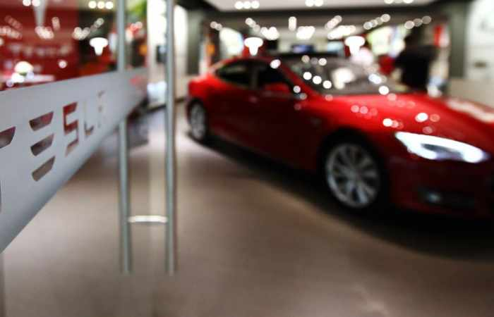 Tesla settles suit against ex-autopilot chief who formed startup