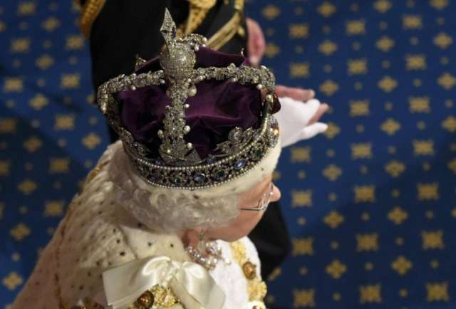 British Crown Jewels were hidden from Nazis in biscuit tin during Second World War