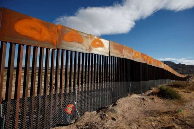 What's happening with the wall Trump promised on the Mexican border?