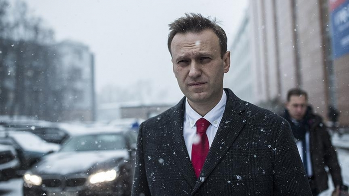 Russian opposition leader calls for election boycott