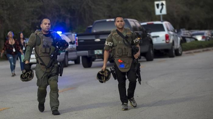 ABŞ-da məktəbdə qətliam - 17 nəfər ölüb (VİDEO)