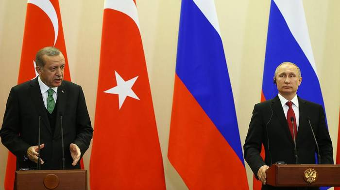 Putin Ərdoğanla keçirdiyi mətbuat konfransında əsəbiləşdi