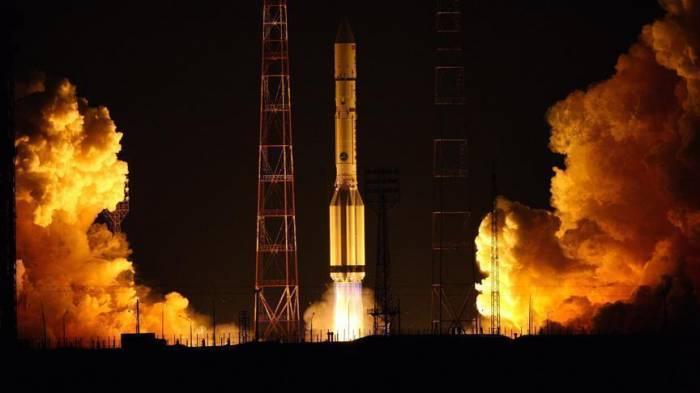 Inde: Lancement d'une fusée transportant des dizaines de satellites