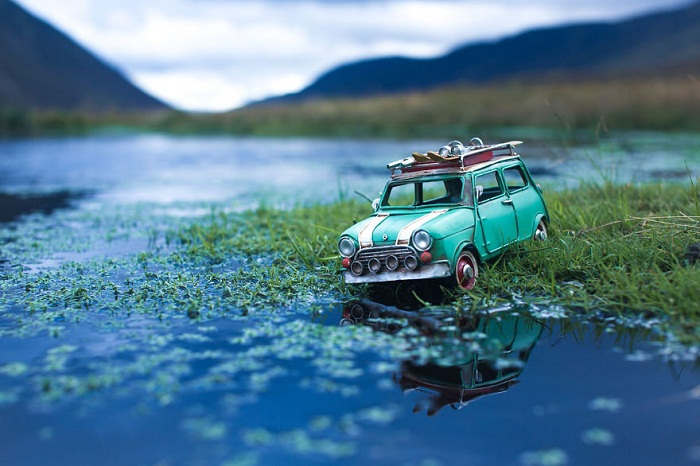 Toy Car Story: Little vehicles explore huge world - PHOTOS