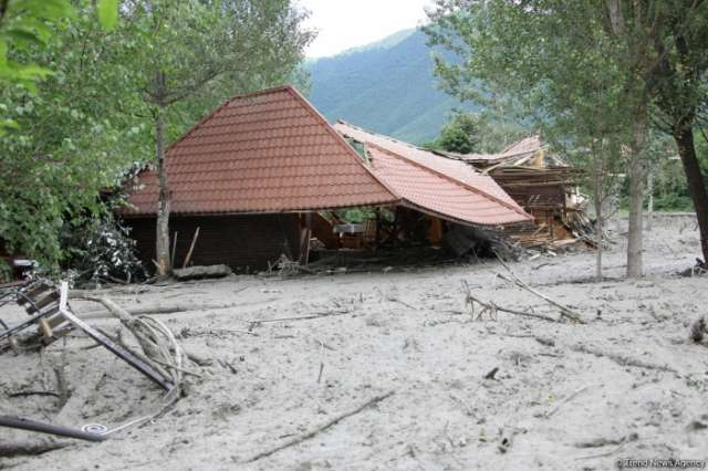 Floods, landslides kill 49 in Nepal