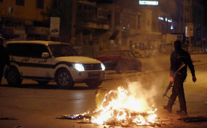 Tunisia deploys army in several cities as violent protests intensify