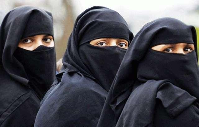 Hicablı qadınlara stadiona getməyə icazə verildi