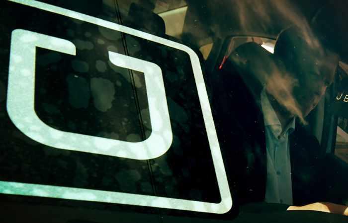 La aplicación MyTaxi expulsa a un taxista por negar el servicio a un ciego con su perro lazarillo