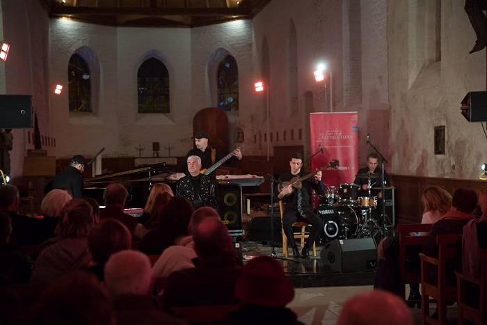 Cəngi etno-caz qrupu Fransada konsert verib - Fotolar