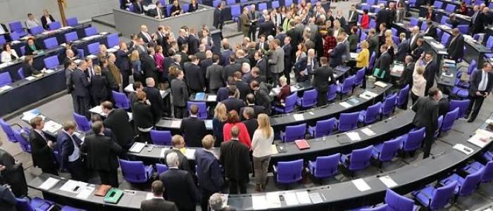 Nach BundestagsbeschlussSteigende Diäten lassen auch Abgeordneten-Pensionen nach oben klettern
