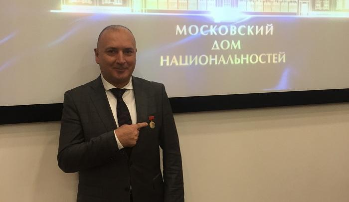 Yazıçımız Rusiyada medal aldı – FOTO