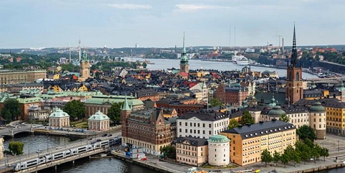 Voluntarios suecos responden llamadas de todo el mundo