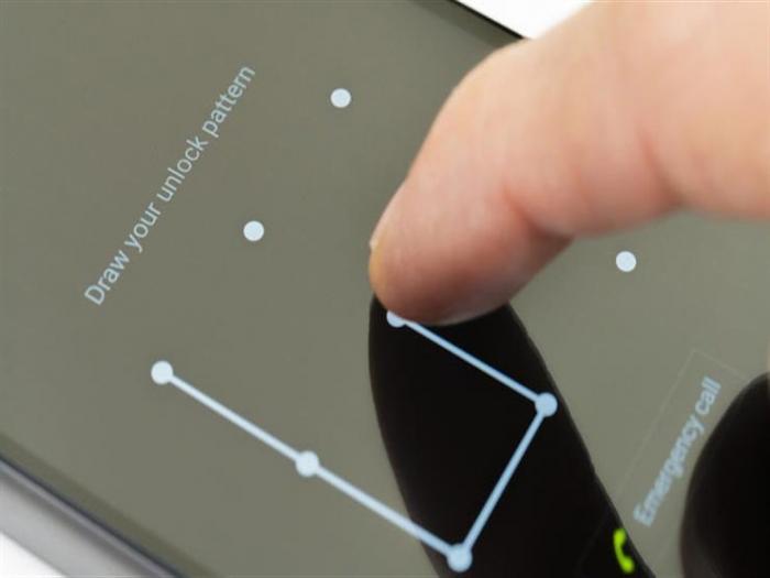 دراسة: نموذج قفل الشاشة يمكن تخمينه بسهولة