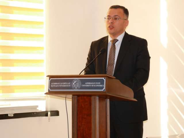 Center for Analysis of Economic Reforms and Communications talks inflation in Azerbaijan