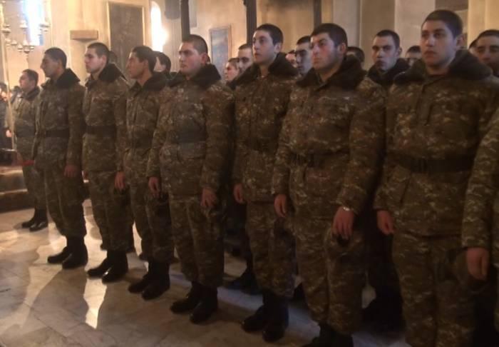 Erməni zabitlərin savadsızlığı Ermənistan üçün bəladır