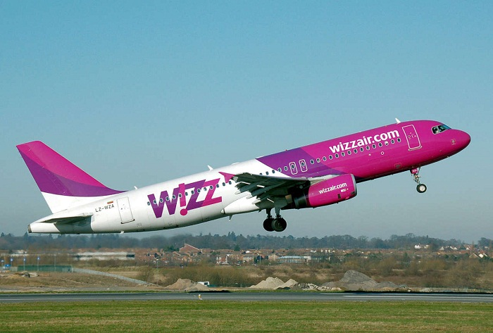 Wizz Air suspends all flights to Italy, Israel