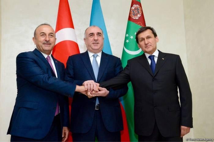 Treffen der Außenminister von Aserbaidschan, Türkei und Turkmenistan - FOTOS