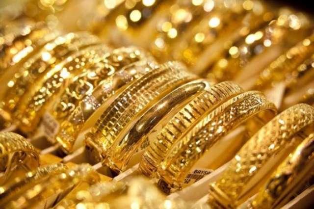 الذهب يصعد والفائدة الأميركية تقيد مكاسبه
