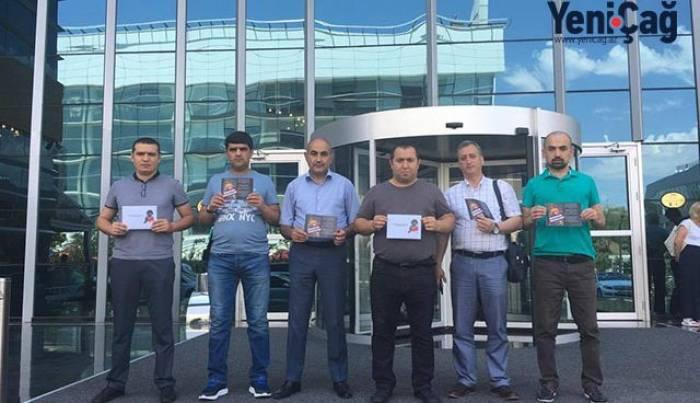 Azərbaycanlı jurnalistlər xarici həmkarlarına Zəhranı anlatdılar