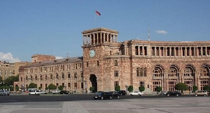 Investments in Armenia decrease while government continues to misappropriate incomes