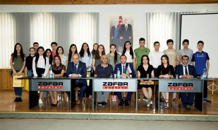 """""""Zəfər"""" Kursları hesabat və mükafat verdi"""