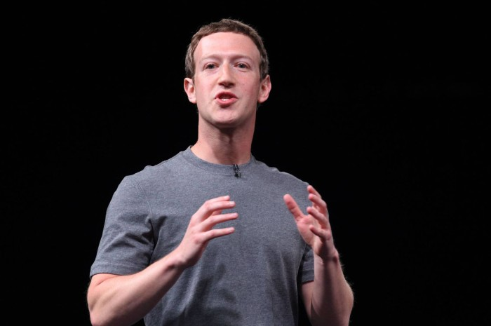Facebook 12 yaşında - Haradan haraya..